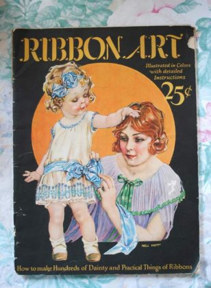 Ribbon art magazine