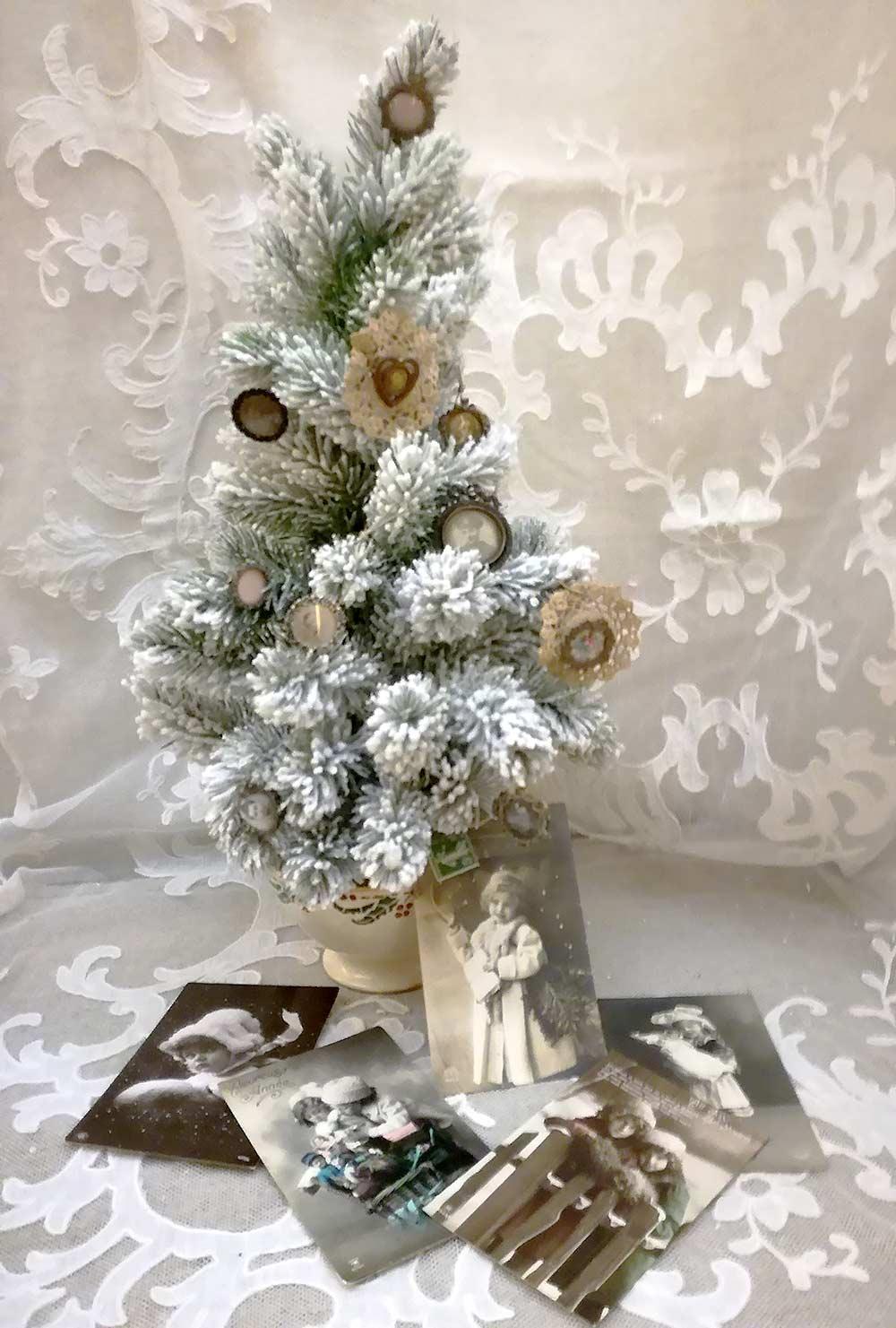 Christmas tree antique pins & postcards