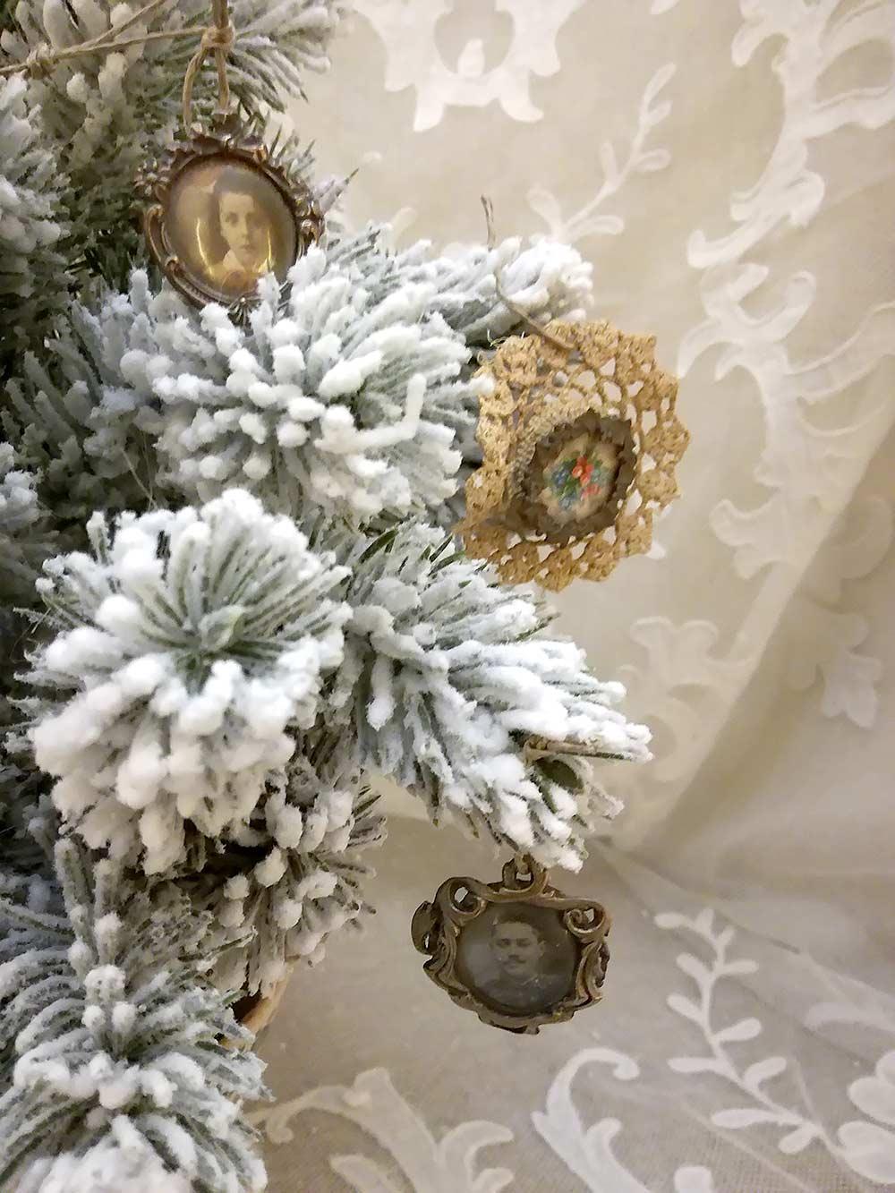 Antiche Immagini Di Natale.Decorazioni Di Natale Antiche L Albero Di Natale In Stile Brocante
