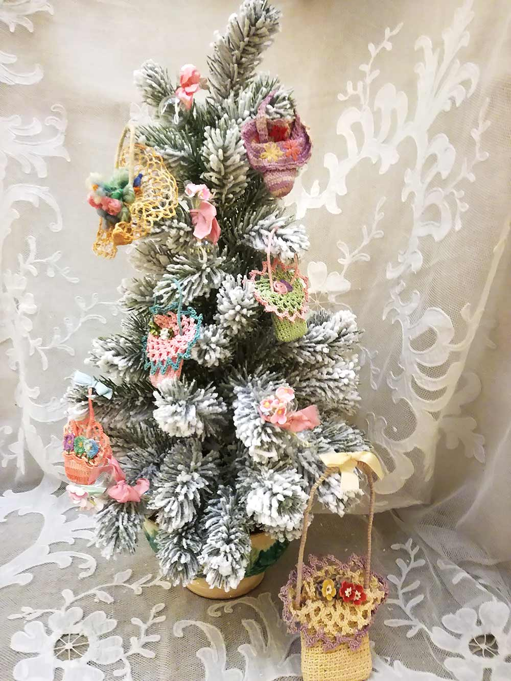 Christmas tree in pink