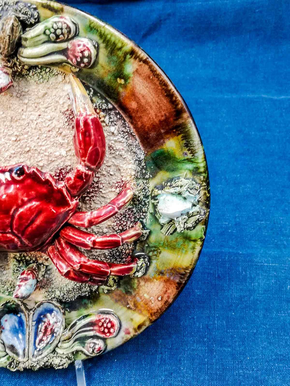Piatto da collezione majolica barbotine portoghese