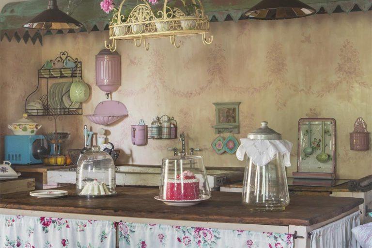 Antichi tessuti francesi per arredare una casa Romantic Chic