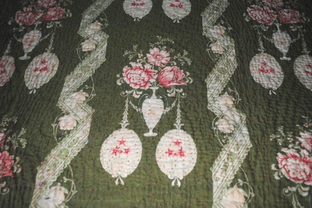Durham quilt green medallions