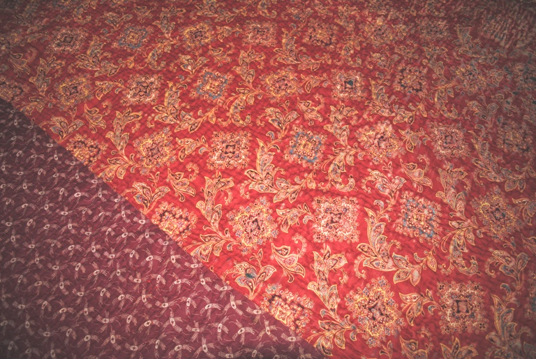 Durham quilt green red fabrics lovely