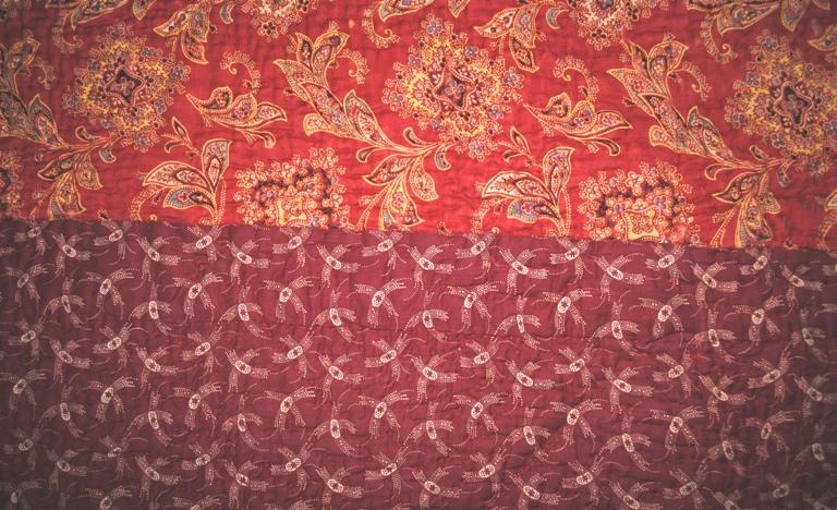 Durham quilt green red fabrics nice
