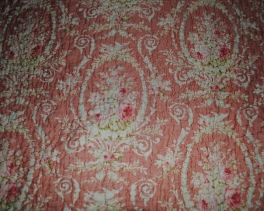 Durham quilt pink design