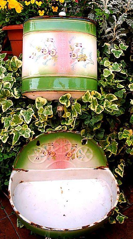 Enameled fountain pansies green pink
