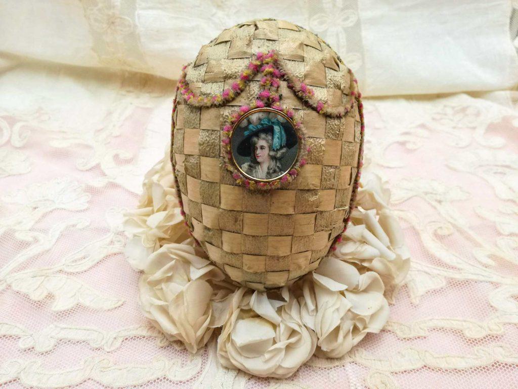 Uovo di Pasqua antico Marie Antoinette