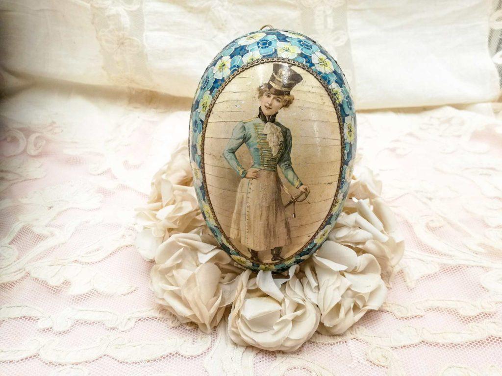 Uovo di Pasqua antico stile boudoir